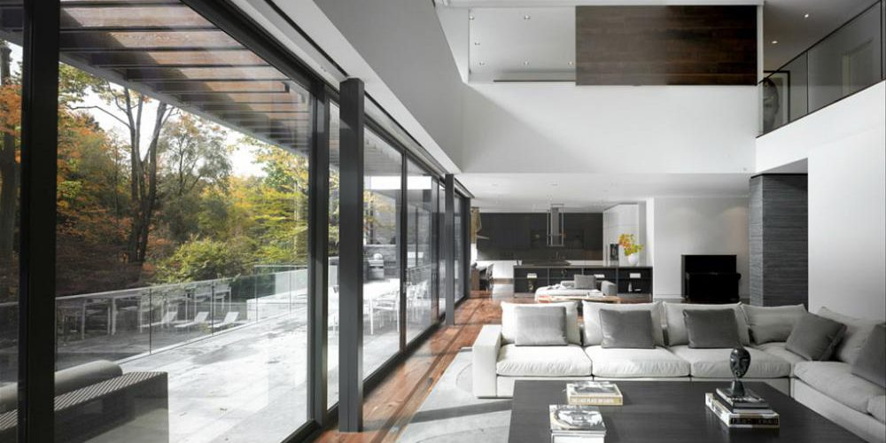 Interior shot of a North Toronto residence featuring AGNORA fabricated glass.